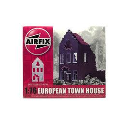 EUROPEAN TOWN HOUSE 1:76