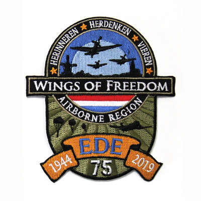 WINGS OF FREEDOM PATCH KLITTENBAND