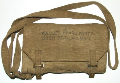 ORIGINAL BRITISH GUN POUCH BREN PIN